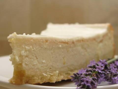 על עוגת גבינה, שווארמה ומה שבינהם – עוגת גבינה אפויה מושלמת שתמיד מצליחה