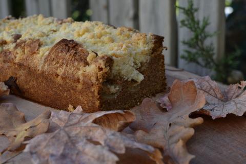 6 סיבות טובות לאפות את עוגת התפוחים הסתיוית הזאת – עוגת תפוחים מתובלת
