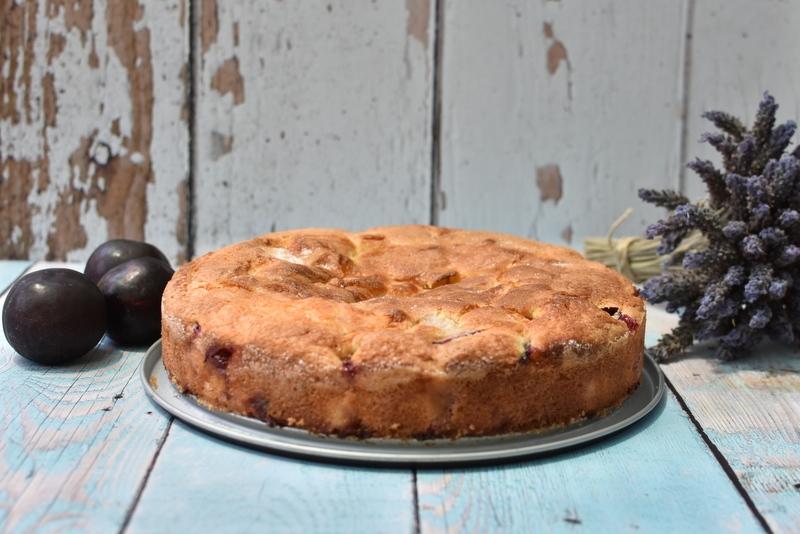 עוגת שזיפים בחושה